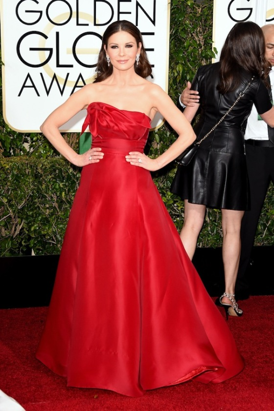 Catherine Zeta-Jones attends the 72nd Annual Golden Globe Awards in a red dress.   Photo: Jason Merritt/Getty Images