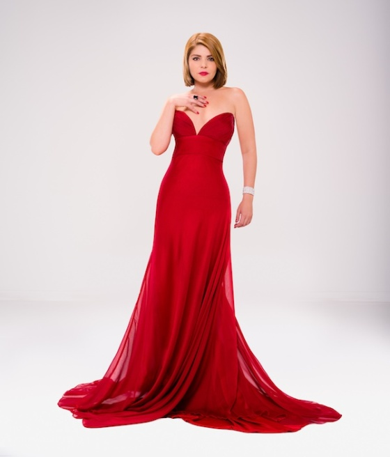 Itati Cantoral of ¿Quien Mato a Patricia Soler?, in a red dress. Photo: MundoFOX